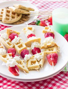 These ‪#‎GlutenFree‬ waffle skewers make breakfast fun and tasty. The sweet brown sugar waffles go great with fresh berries and creamy whipped cream. And the best part? Breakfast is on a stick! Grab...