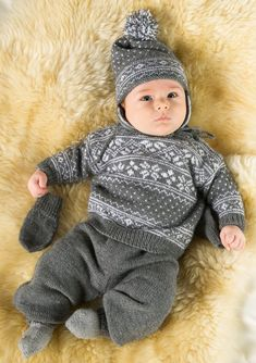 Telemark genser og lue Baby Boy Knitting, Knitting For Kids, Nephew And Aunt, Baby Barn, Knitted Baby Clothes, Sweater Knitting Patterns, Baby Sweaters, 30, Kids Fashion