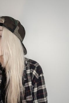 #Close up #trixu #fashion #photography #long hair #boyish #grunge #attitude #check #shirt #checkered shirt #hat #military #blond hair #boyfriend #tomboy