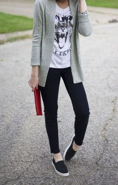 graphic tee + slip on sneakers - www.lovelucygirl.com