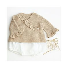 This lovely baby wrap cardigan remainds me the times of old. Do you agree with me? Wrap Cardigan, Baby Wraps, Knitwear, Pullover, Times, Sweaters, Instagram, Fashion, Moda