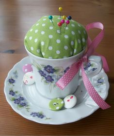 DIY: pin cushion in a vintage cup tutorial