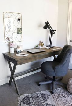 Unusual Small Home Office Furniture Design Ideas For Cozy Work 20 Small Home Office Furniture, Home Office Chairs, Home Office Space, Office Decor, Desk Chairs, Office Ideas, Lounge Chairs, Office Nook, Furniture Chairs