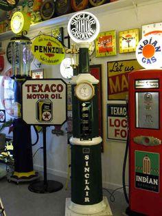 Old Sinclair Pump