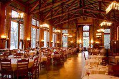 Mountain Style - dining room of Ahwahnee Hotel, Yosemite Valley, CA Yosemite National Park Lodging, Yosemite Wedding, National Parks, Travel Yosemite, Yosemite Vacation, California Camping, Yosemite California, Restaurant, Hotels