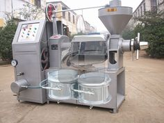 Rice bran oil extraction machinery, rice bran oil is extracted from rice bran in vegetable oil. Rice bran oil is a high nutritional value of edible oil, rich in Rice Mill, Edible Oil, Press Machine, Jaba, Raw Materials, Canning, Outdoor Decor, Peanuts, Hot