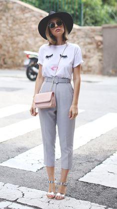 Calça alfaiataria com camiseta