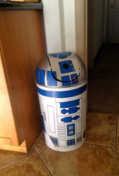 44 Ideas Camping Theme Bedroom Etsy For 2019 Star Wars Baby, Star Wars Zimmer, Decoration Star Wars, Star Wars Kitchen, Kids Crafts, Diy And Crafts, R2d2, Trick Or Treat Costume, Star Wars Bedroom