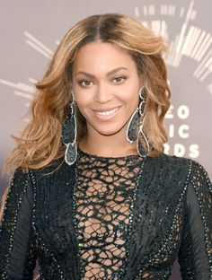 Pin for Later: Beyoncé Was the Best Thing About the VMAs