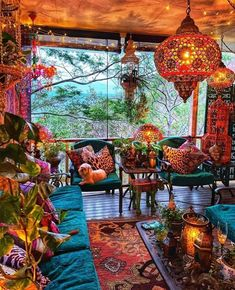 Bohemian House, Bohemian Decor, Room Ideas Bedroom, Bedroom Decor, Meubles Peints Style Funky, Casa Milano, Hippy Room, Home Decoracion, Deco Retro