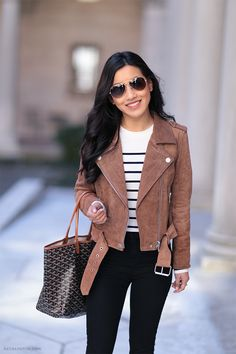 brown leather moto jacket goyard tote spring outfit boston I love the suede moto jacket! Fall Winter Outfits, Autumn Winter Fashion, Petite Outfits, Cute Outfits, Brown Suede Jacket, Brown Leather, Real Leather, Leather Jacket Outfits, Winter Stil