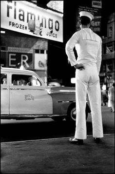 NYC 1950 by Elliott Erwitt (c) Magnum Photos
