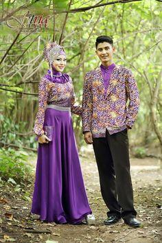 Baju Muslim Couple Drupadi Pandawa Ungu Muslim Couples, My Mom, Captain Hat, Sari, Set Design, Elegant, My Style, Modern, Wedding
