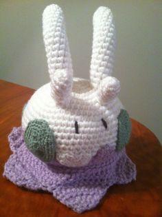 Goomy Pokemon Character - Free Amigurumi Pattern here: http://heartinflightcrochet.blogspot.com.es/2013/11/goomy-crochet-pattern.html
