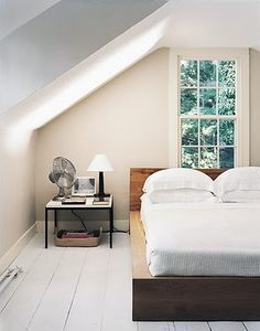 One day!  I will have white painted floors in my bedroom!  I know it means a lot of cleaning, but it is so pretty!