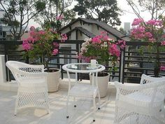 Creative Modern Ideas To Transform Small Balcony Designs - Adore small spaces 22 compact modern ideas outdoor seating areas