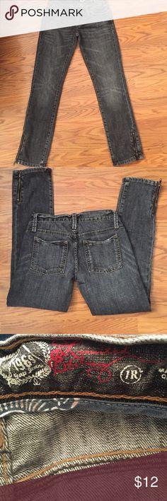 "Gap jeans Gap jeans, zipper accent on bottom legs, inseam 27"" 90% cotton 10% elasterell GAP Jeans Straight Leg"
