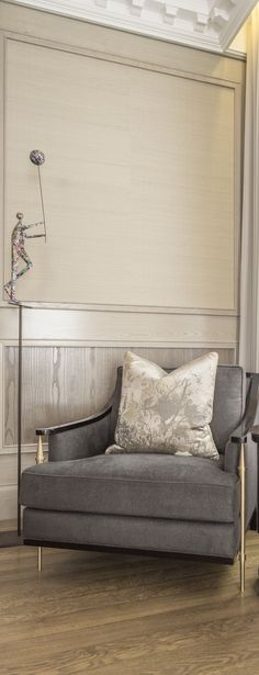 Grey armchair. Neutral tones decor. Living Room Decor Ideas. Luxury furniture. Interior design, interiors, decor. Take a look at: www.bocadolobo.com