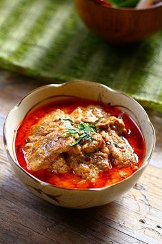 Thai Panang Curry with Beef (Kaeng Phanaeng Neua) ~ includes recipe for curry paste blend (useful for more than just beef).