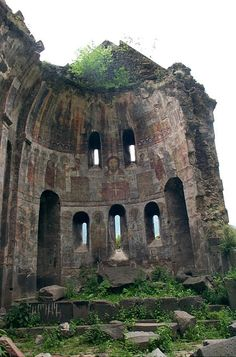 'Abandoned Armenia''- a kind of appeal to the rescue of cultural heritage of the Armenian nation. Kobayr (in Քոբայր) - monastery, located near the town of Tumanyan, Lori Province, Armenia. ( I hope i get to visit Armenia someday) CLICK THE PIC and Learn Abandoned Churches, Abandoned Mansions, Abandoned Places, Haunted Places, Kowloon Walled City, Green Design, Ancient Ruins, Ancient Architecture, Old Buildings