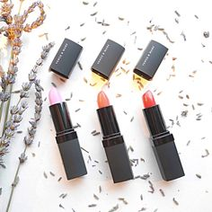 Natural Based Matte & Crème Lip Colors Lipsticks • 4g / 0.12oz. • Natural based ingredients • Botanical oils : Castro seed oil, Apricot kernel oil • Natural waxes : Carnauba wax, Candelilla wax • Vitamin E • Fragrance-free • Paraben-free • Cruelty-free • Dermatologist-tested • Allergy-tested • Made in Canada  This is for 1 lip color in the shade of your choice. Please tell me the shade you want. Now SHRIMP & WHIRLY GIRL are sold out.   More info, please visit www.iLoveVenusAndMars.com…