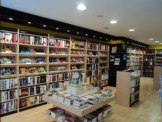 Interior  de la librería Espacio Lector Nobel de Valdepeñas.