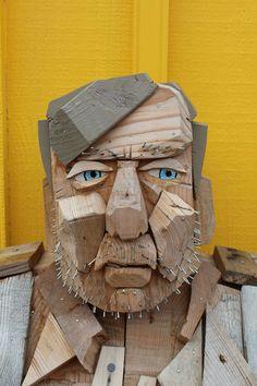 Best sculpture ever. Wood Crafts, Diy And Crafts, Ebru Art, Whittling Wood, Found Object Art, Junk Art, Driftwood Art, Assemblage Art, Recycled Art