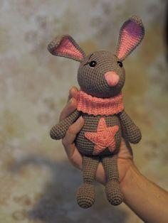 PDF Зайка Звёздочка. Бесплатный мастер-класс, схема и описание для вязания игрушки амигуруми крючком. Вяжем игрушки своими руками! FREE amigurumi pattern. #амигуруми #amigurumi #схема #описание #мк #pattern #вязание #crochet #knitting #toy #handmade #поделки #pdf #рукоделие #заяц #зайка #зайчик #зайчонок #зая #зай #rabbit #hare #lepre #conejo #lapin #hase