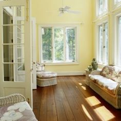 I cannot stop thinking about how much I want a sunroom. Now.