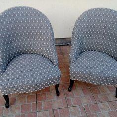 Les deux fauteuils bas