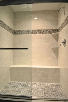 60 adorable master bathroom shower remodel ideas (47)