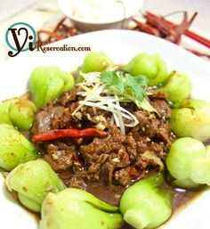 Braised Beef with Chili Sauce (水煮牛肉) {(Sichuan chili bean paste, soy sauce, cooking wine, garlic, ginger, dried chili, chili powder, Sichuan peppercorn, Sichuan peppercorn powder, beef stock, scallion, cilantro)}