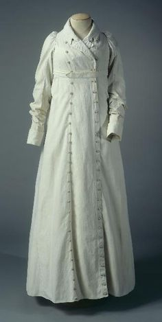 Redingote - c1805-1810, cotton, buttons. Object Number: GAL1952.5.103