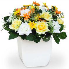 Arranjo de flores artificiais para decoração de rosas e margaridas.  O cachepot vaso é feito em cerâmica com pintura branca e acabamento em verniz semi brilho.