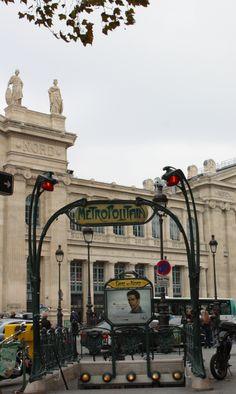 Paris, Métropolitain, Entrée de la station Gare du Nord 3, arch. Hector Guimard