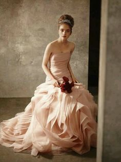 Vera Wang pink and ruffled dress
