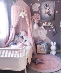 Pretty in pink and completely dream like Little Girls Room completely Dream Kinderkamer pink Pretty