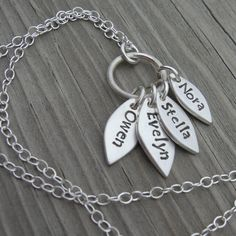 Mommy necklace...so cute
