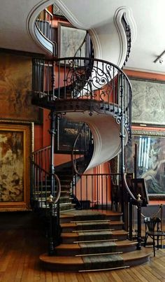 "I think these are the stairs in Charlotts ""Castle"" This elegant and stunning staircase can be found at Musee Gustave Moreau in Paris. See 25 of the most creative and modern staircase designs from ""homedit. Future House, My House, Modern Staircase, Staircase Design, Spiral Staircases, Stair Design, Staircase Ideas, Iron Staircase, Architecture Cool"