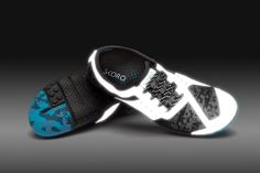 #runreal  BEST SHOES EVER!!! The incredible Phase-X, be seen when the sun is down with this super reflective shoe!