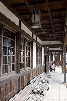 大社駅駅舎、軒下