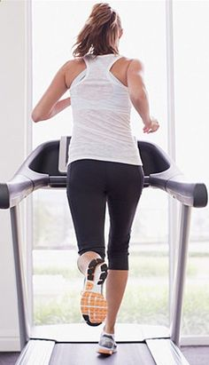 Get in  out with this 20 minute treadmill plan. This is good for days you dont have a lot of time to workout.