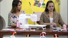 Mulher.com 20/09/212 - Nataly de Biase - Bolsinha porta Baton, celular, documento 01, via YouTube.