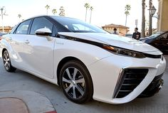 Toyota Unveils Mirai Fuel Cell Vehicle With 300-Mile Range