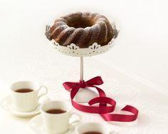 Taateli-suklaakakku syntyy Farina Suklaakakkujauhoseoksella. www.vuohelanherkku.fi/reseptit/taateli-suklaakakku #gluteeniton #vuohelanherkku #resepti Tiered Cakes