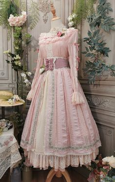 Beautiful Gowns, Beautiful Outfits, Pretty Outfits, Pretty Dresses, Knee Length Dresses, Short Sleeve Dresses, Estilo Lolita, Victorian Costume, Cosplay Outfits