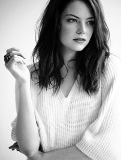 Images:Girl crushes - Emma Stone - American actress - Film producer - Red hair - Brown eyes - Seductive look - Pretty face - Lonely - Beautiful - Photoshoot. Pretty People, Beautiful People, Most Beautiful, Beautiful Women, Naturally Beautiful, Beautiful Person, Amazing Women, Asos Magazine, Christina Perri