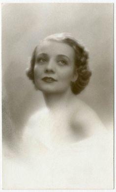DONNA ADA Foto Ritratto d Epoca Old Photo Portrait Vintage 1935 Moda F285