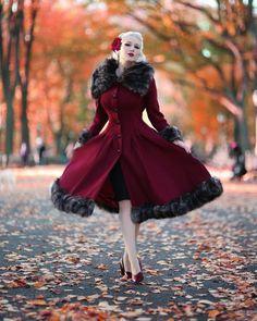 Rachel Ann Jensen ♥: Festive in Foliage Rockabilly Fashion, 1950s Fashion, Vintage Fashion, Punk Fashion, Lolita Fashion, Fashion Boots, High Fashion, Vintage Tops, Vintage Dresses