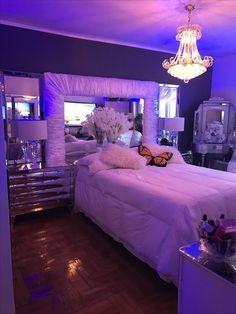 Teen Room Decor, Room Ideas Bedroom, Bedroom Decor, Cool Bedroom Ideas, Bedroom Signs, Dream Rooms, Dream Bedroom, Rich Girl Bedroom, Dream Teen Bedrooms